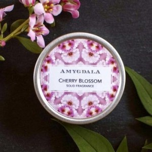 cherry-blossom-fragrance-tin